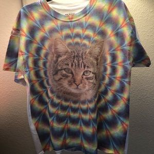 Mesmerizing colorful cat t-shirt